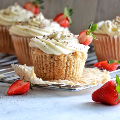 Orange-Strawberry Cupcakes with Mascarpone Icing